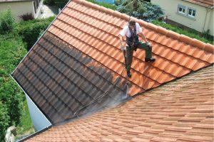 Le nettoyage de toiture pour optimiser la vente de votre for Brosse telescopique pour toiture